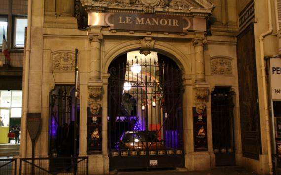 Le manoir de paris 18 rue de paradis paris france real - La maison hantee paris ...